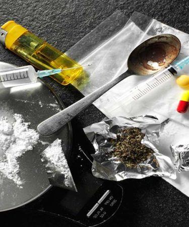 قضايا المخدرات في القانون الكويتي